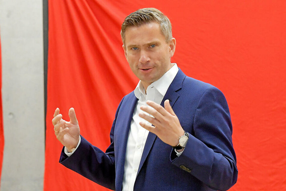 Das Verkehrsministerium von Martin Dulig (45, SPD) stützt das Ticket mit vielen Millionen.