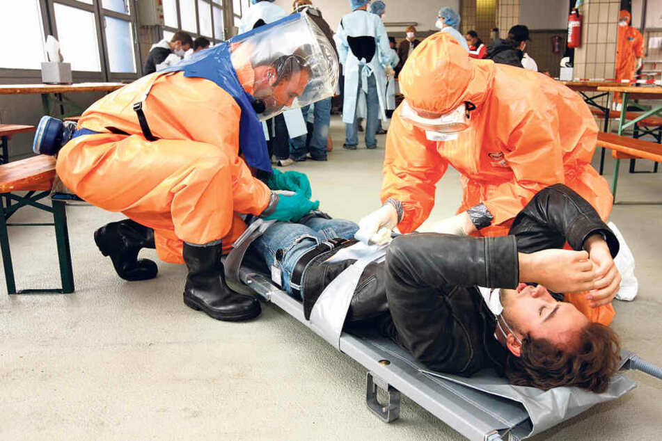Die Landesdirektion plant eine große Katastrophenschutzübung. Für die Rollen  der Erkrankten werden noch Komparsen  gesucht.