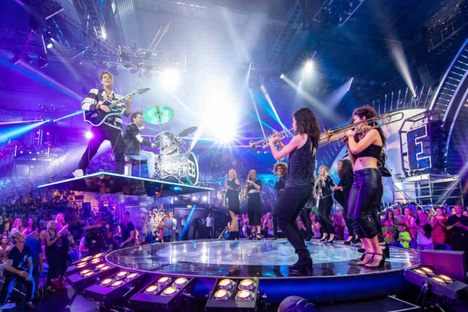 Erstmals werden die Zauberbrüder auch von einer Live-Band begleitet.