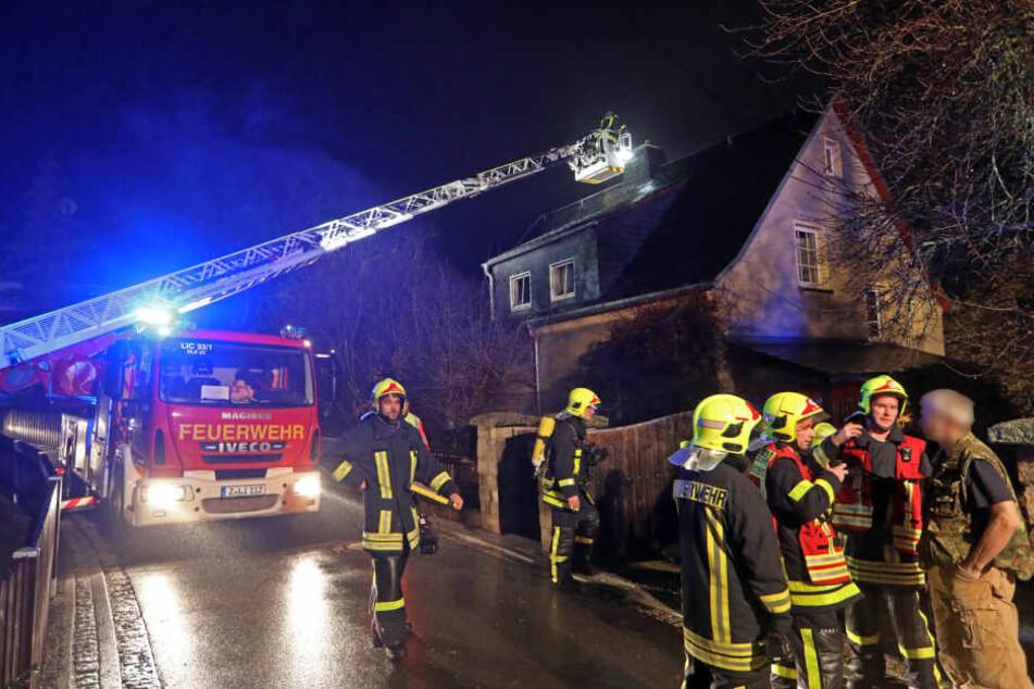 In Heinrichsort in Lichtenstein brannte am Sonntag ein Schornstein.