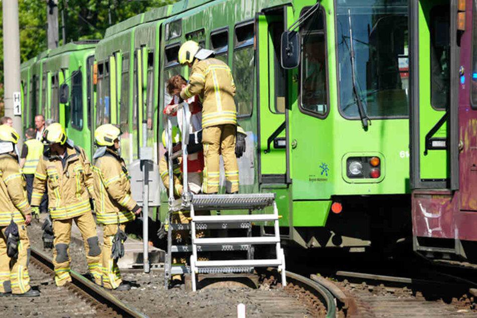 Mehrere Verletzte bei Kollision zweier Stadtbahnen