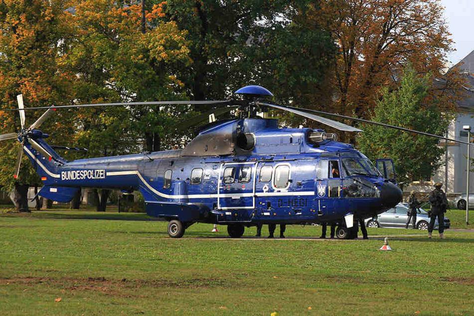 Mit diesem Hubschrauber der Bundespolizei ging es für Khalil A. nach Karlsruhe.