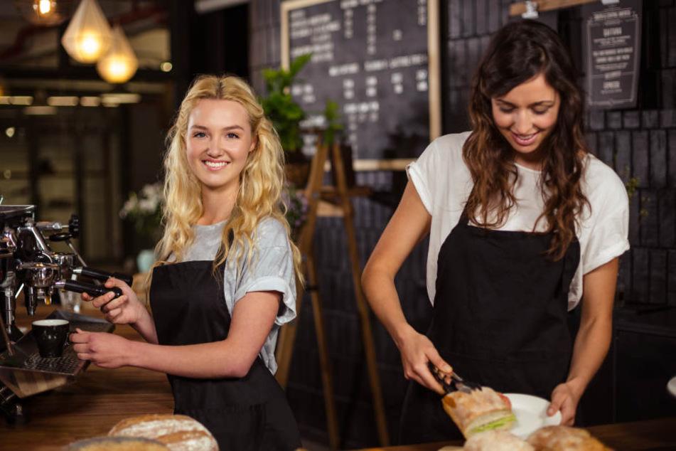 Bundesweit gehen 3,3 Millionen Beschäftigte einem Zweitjob nach. (Symbolbild)