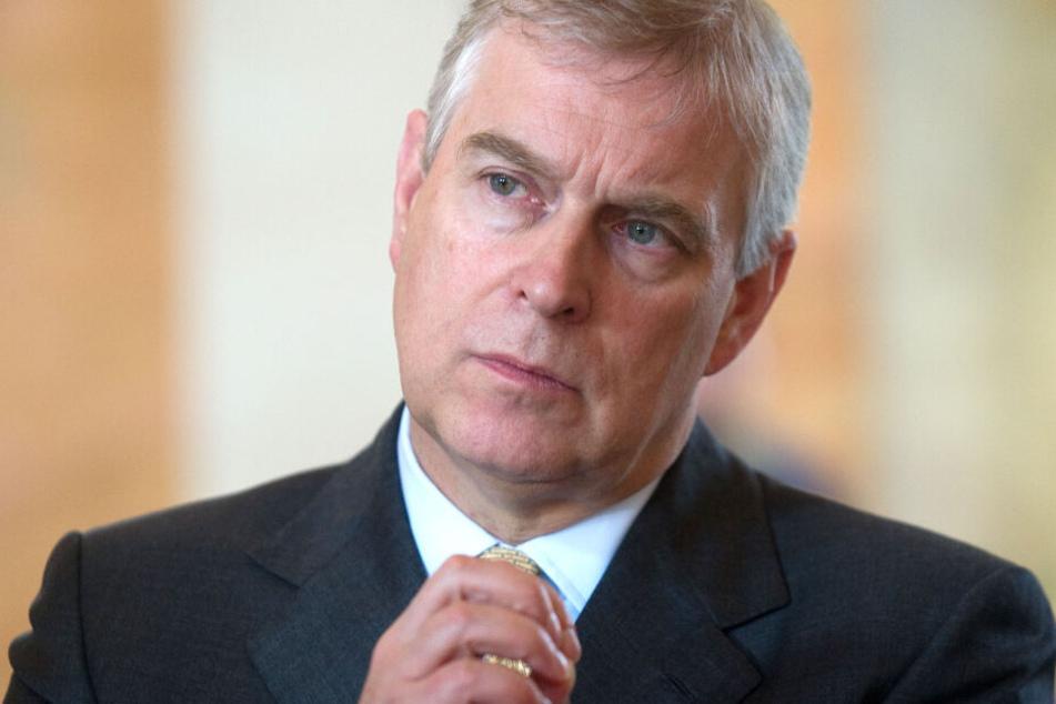 Wegen Sex-Skandal: Prinz Andrew lehnt Beförderung vorerst ab