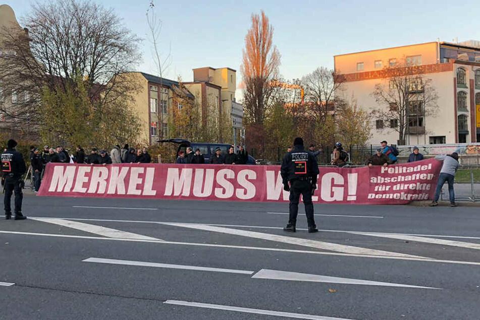 Pro Chemnitz versammelt sich in der Innenstadt.