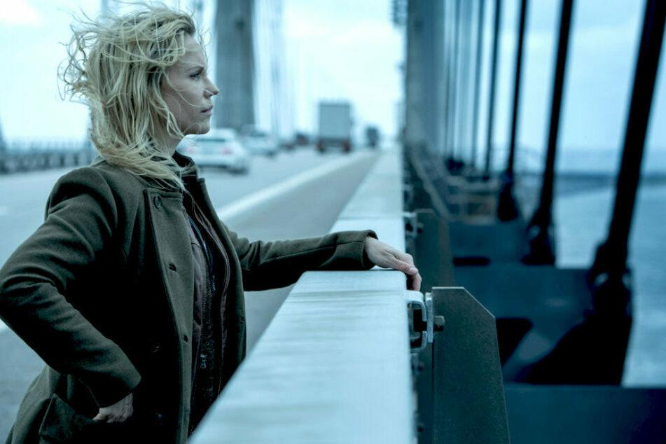 """Saga Norén (Sofia Helin) in """"Die Brücke"""" saß in Untersuchungshaft. Sie stand in Verdacht, ihre Mutter umgebracht zu haben - darf aber die Ermittlungen aufnehmen - wie gewohnt akribisch und unkonvetionell."""