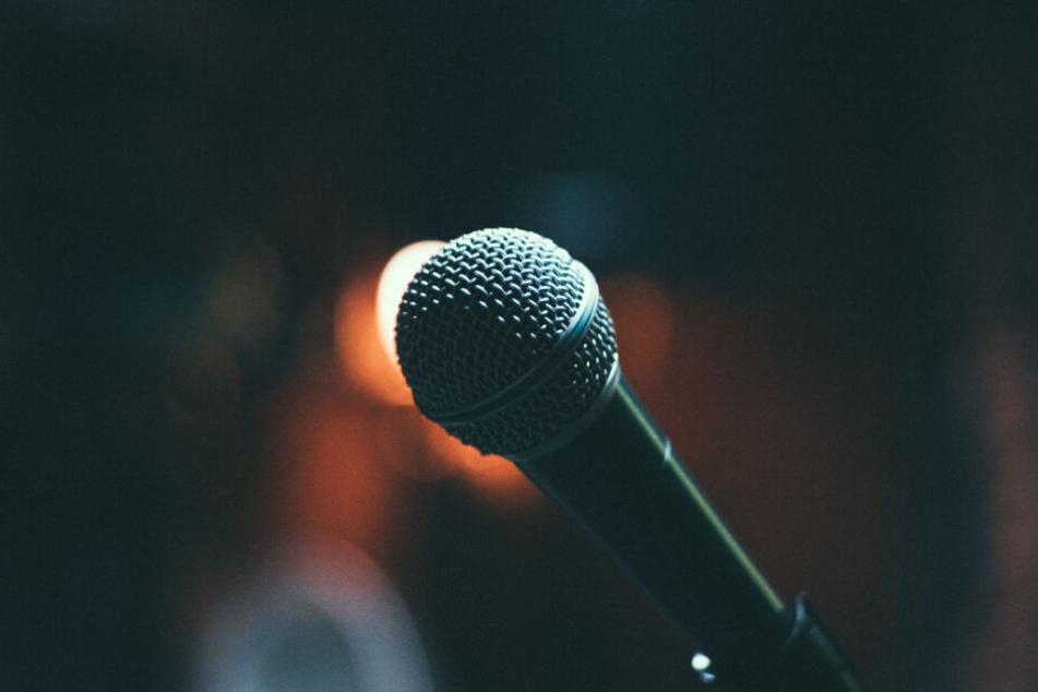 Greift Helena Fürst jetzt häufiger zum Mikrofon und rappt? (Symbolbild)
