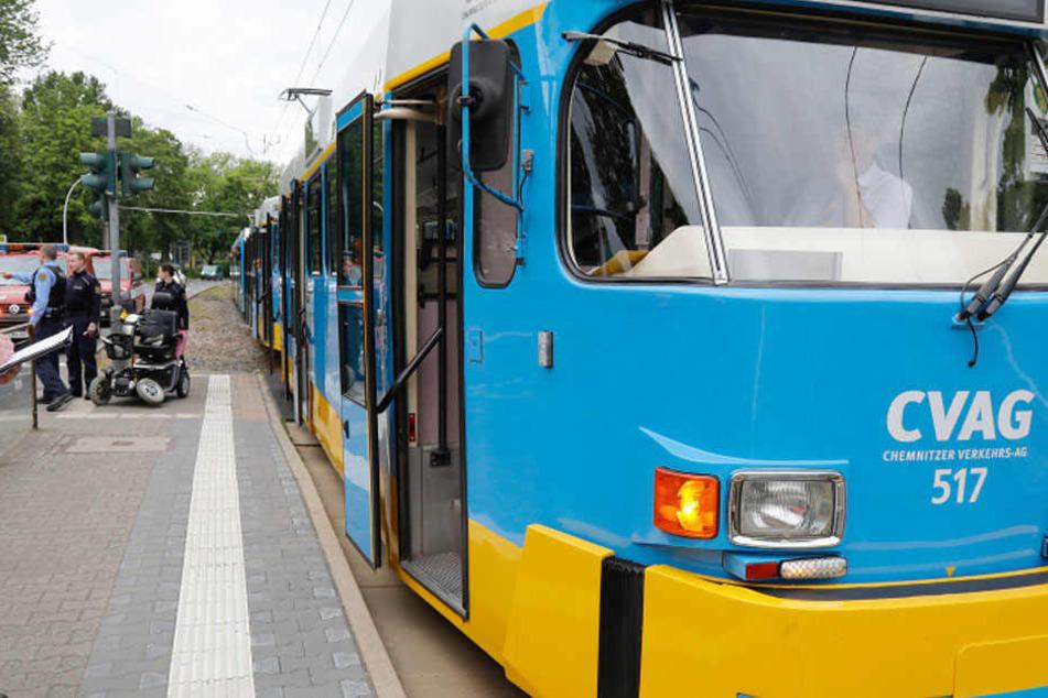 Die Straßenbahn Linie 6 in Richtung Altchemnitz erfasste den Mann.