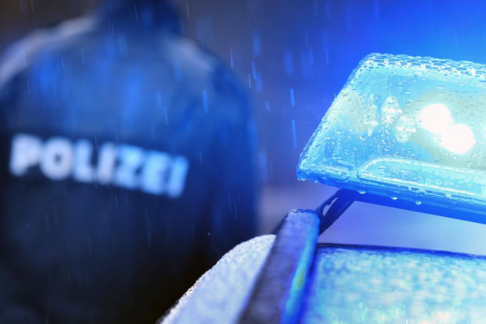 """Die """"richtige"""" Polizei ermittelt gegen einen Unbekannten, der sich in der Nacht zu Dienstag als einer ihrer Kollegen ausgegeben hat. (Symbolbild)"""