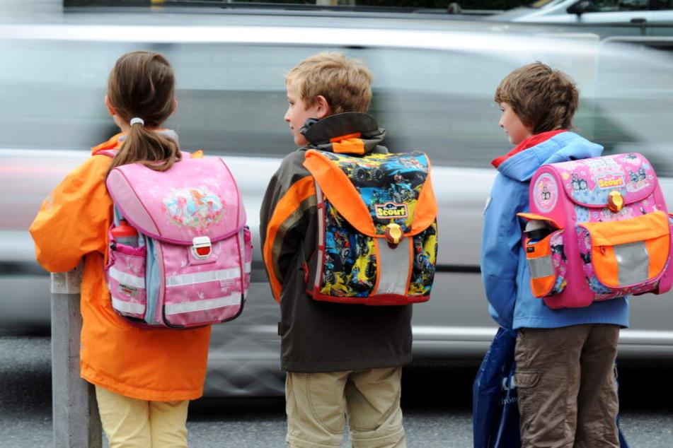Die Schüler müssten sich ab dem nächsten Schuljahr einer wahren Autolawine entgegenstellen.