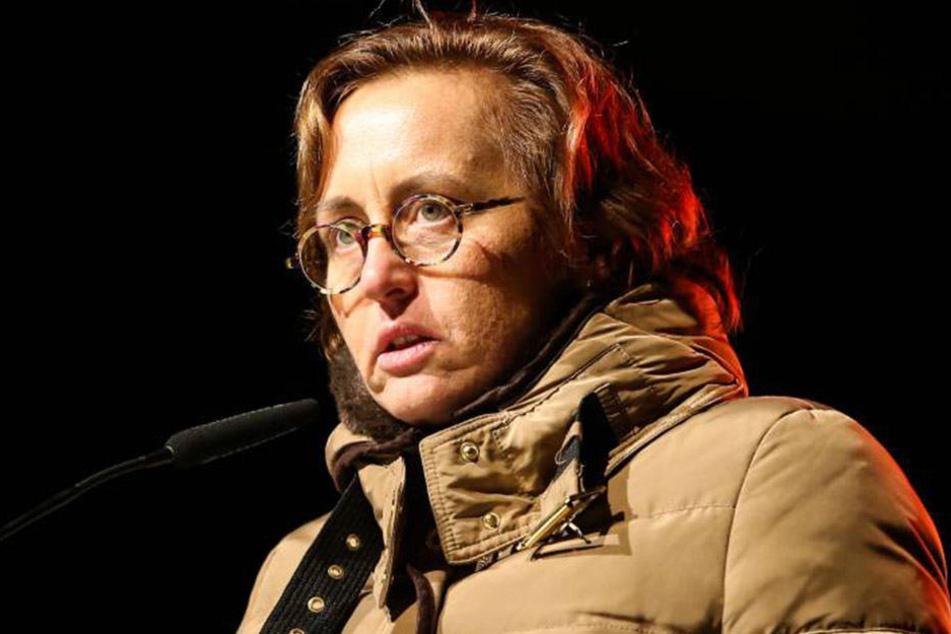Für ihren vergesslichen Twitterpost erntete die AfD-Politikerin Beatrix von Storch (45) einen Shitstorm im Netz.