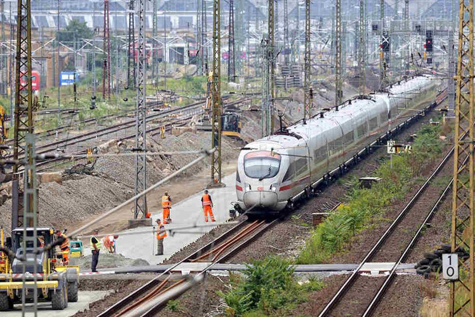 Die Deutsche Bahn nimmt in den kommenden Wochen Weichenarbeiten zwischen dem Hauptbahnhof und dem Leipziger Norden vor.