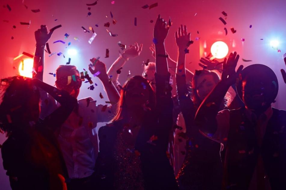 Von 90er-Party bis Silent Disco: Hier könnt ihr am Samstag in OWL steilgehen!