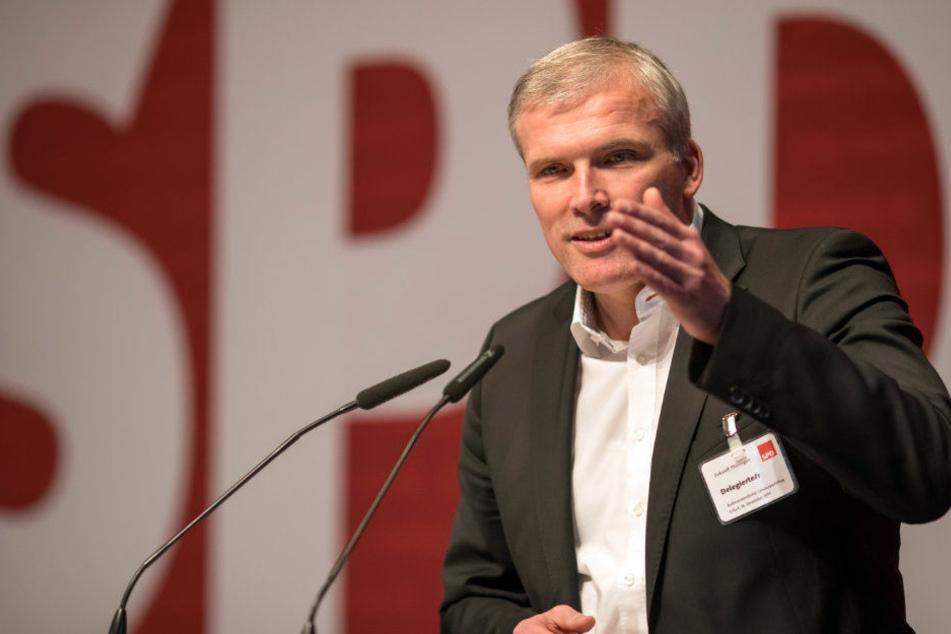 Andreas Bausewein (44, SPD) will wieder in Erfurt regieren. Dafür legte er sogar seinen Landesposten ab.