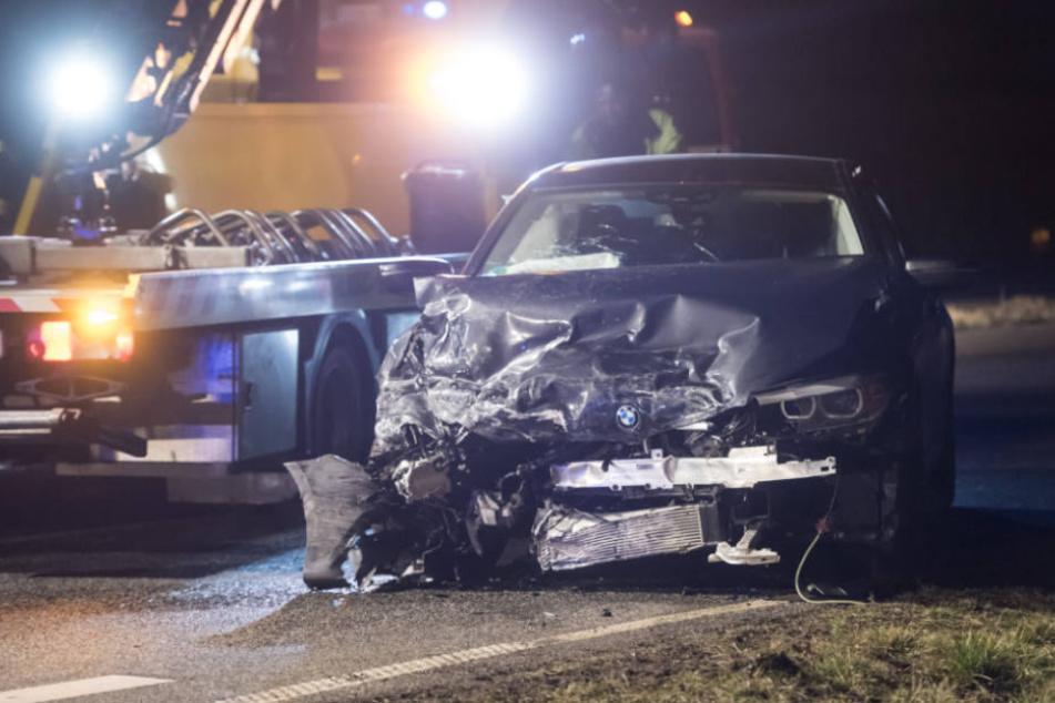 Der Unfallverursacher wurde nur leicht verletzt.