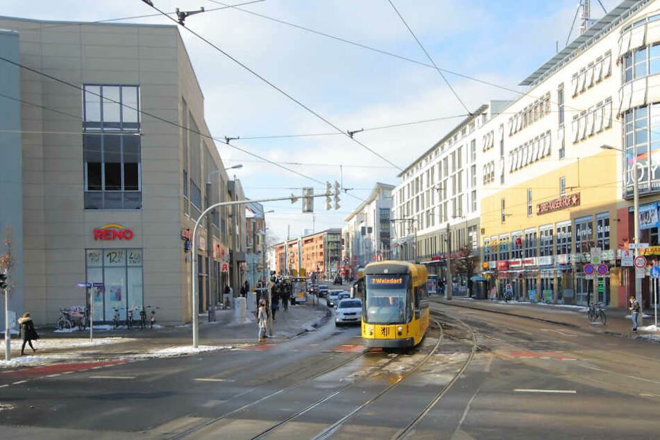 Etwa 900 Busse und Bahnen halten täglich an der Kesselsdorfer Straße. 2017  starten die Arbeiten für einen Komplettumbau.