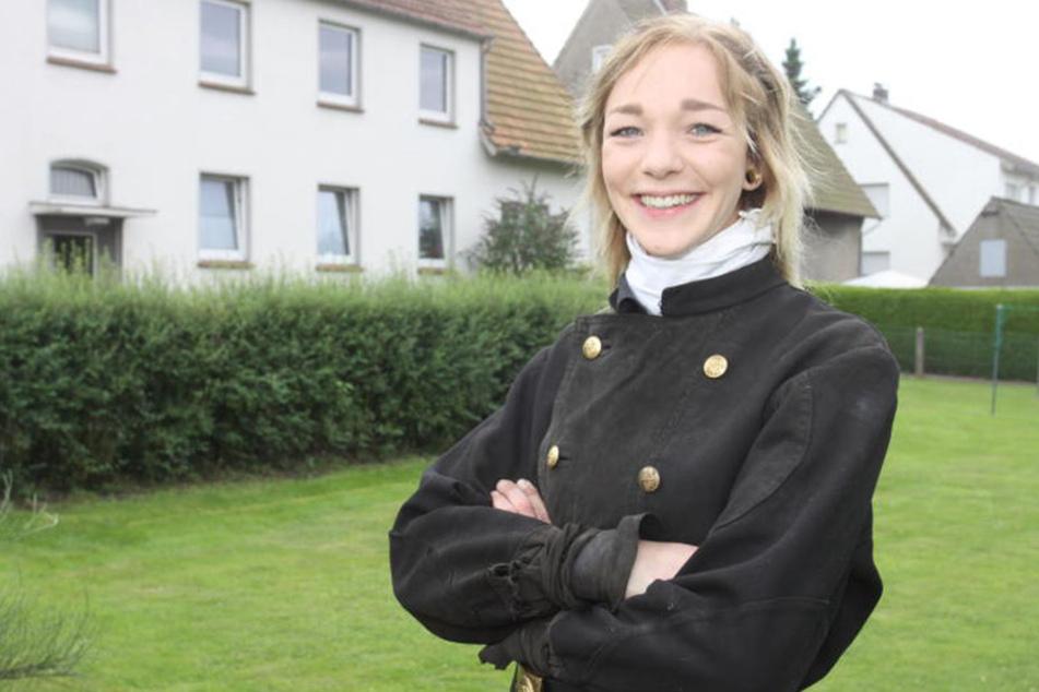 Selina Schlömp arbeitet als Schornsteinfegerin.
