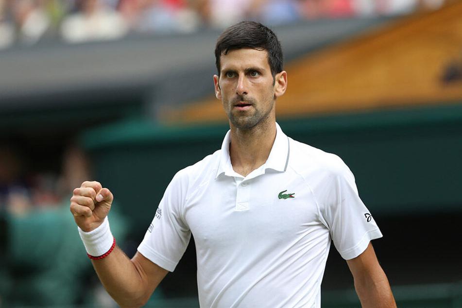 Novak Djokovic hat zum fünften Mal das Tennis-Turnier in Wimbledon gewonnen.