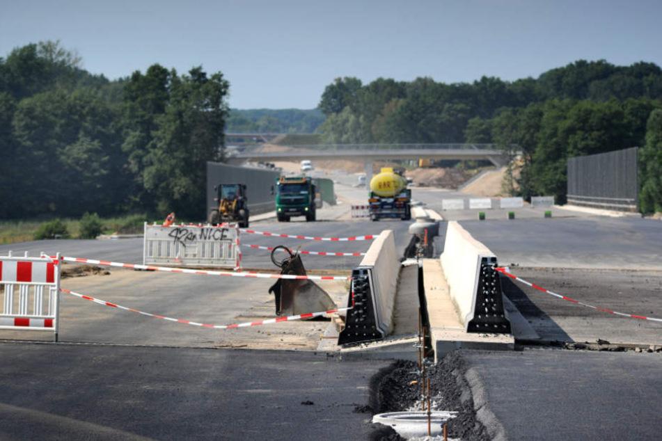 Die Bauarbeiten zwischen Bielefeld und Steinhagen sollen im April abgeschlossen werden.