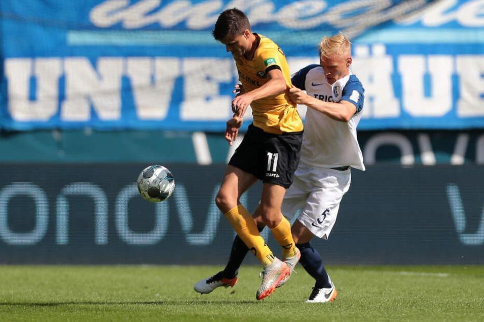 Ein Glücksgriff für Dynamo: Alexander Jeremejeff (l., gegen Bochums Saulo Igor Decarli). Bisher traf er zweimal, bereitete ein Tor vor. Er ist nach Kickernoten bester Dresdner - 3,10.