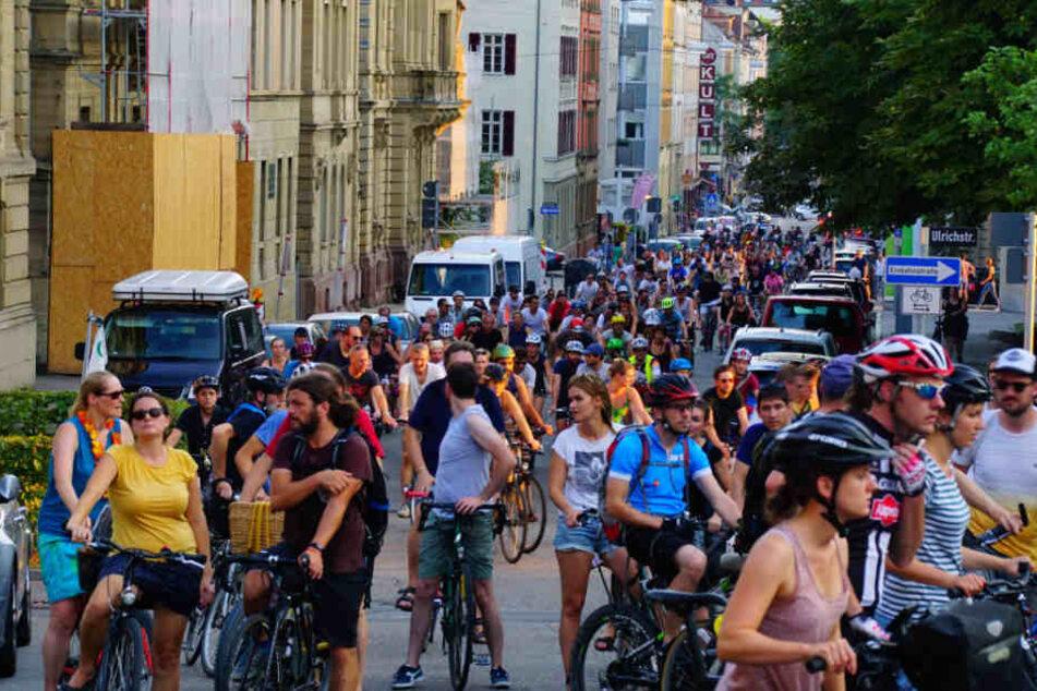 Fahrräder, wohin das Auge sieht am Freitag in Stuttgart.
