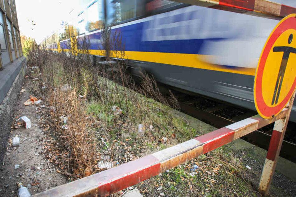 Motorschaden in der Hitze: 300 Menschen aus überhitztem Zug evakuiert