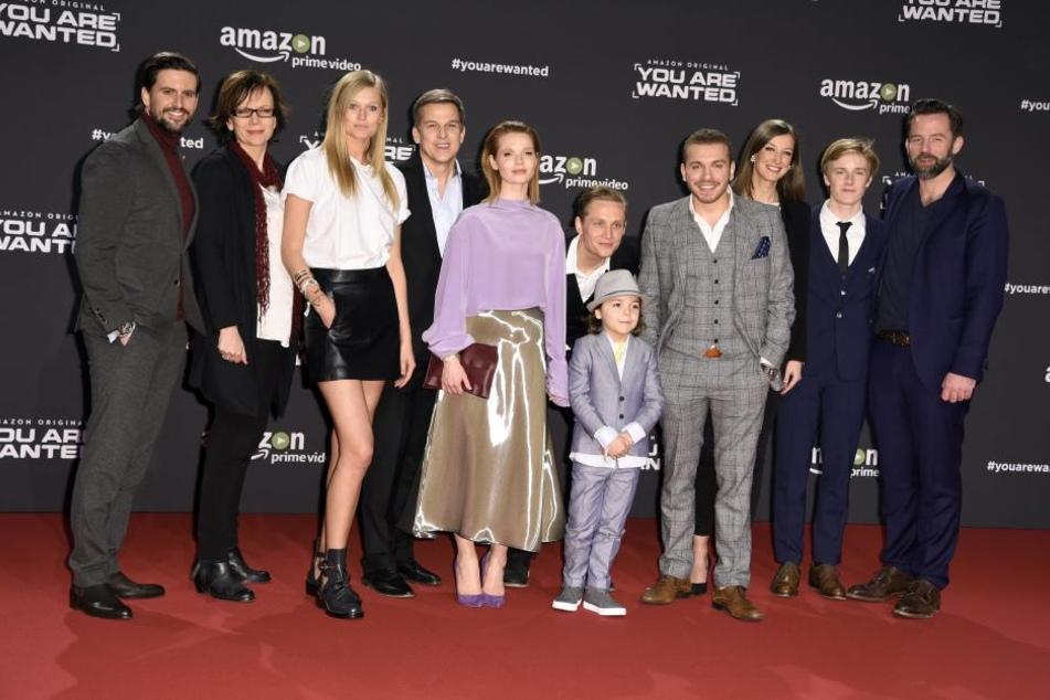 Das gesamte Team: Dritte von links ist Topmodel Toni Garrn.