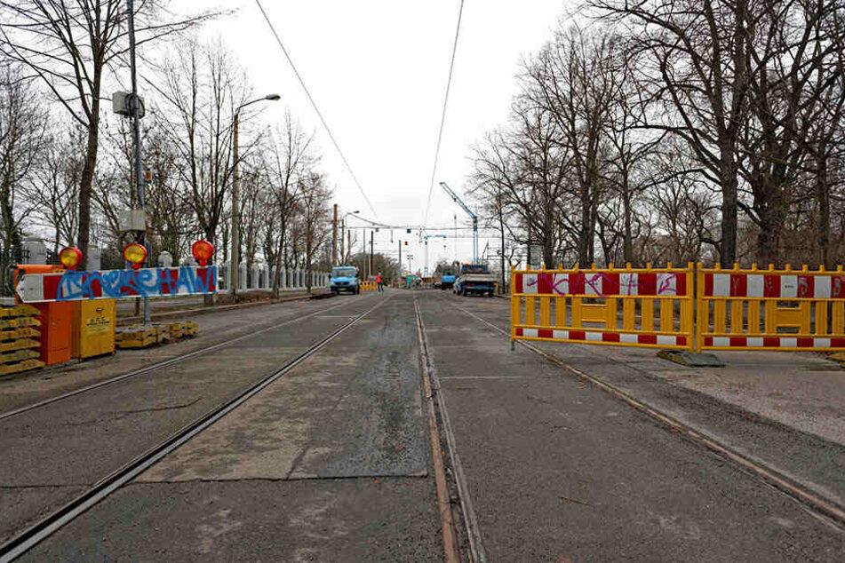 9 von 10 Brücken im Leipziger Straßennetz sind baufällig, einige müssen komplett erneuert werden. Wie hier die Bornaische Brücke in Connewitz.