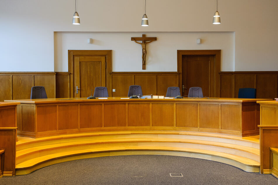 Der Prozess beginnt vor dem Landgericht in Saarbrücken (Symbolbild).
