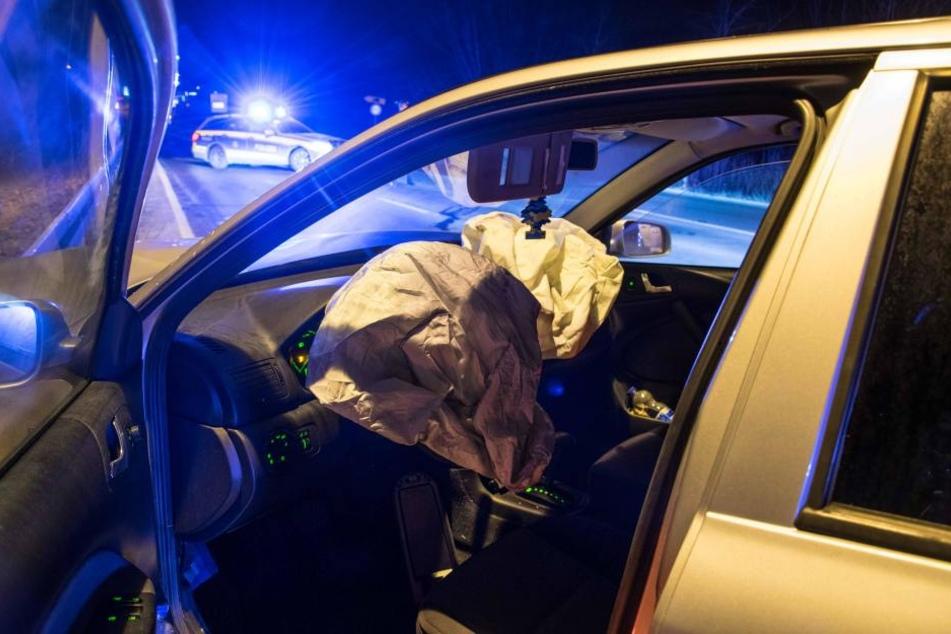 Die Verletzten Insassen beider Fahrzeuge wurden zur Behandlung in ein Krankenhaus gebracht.