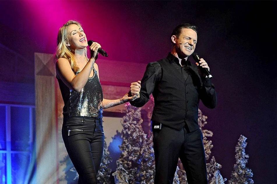 Stefan Mross' Freundin Anna Carina Woitschack bei einem Auftritt 2017.