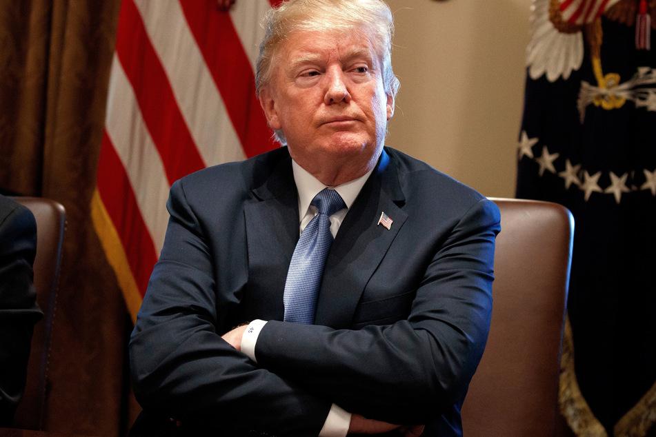 """Wie ein """"beschützender Glanz"""": Trump nach eigenen Angaben immun gegen Corona"""
