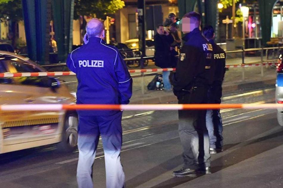 Die Polizei sicherte Spuren am Tatort (Symbolbild).
