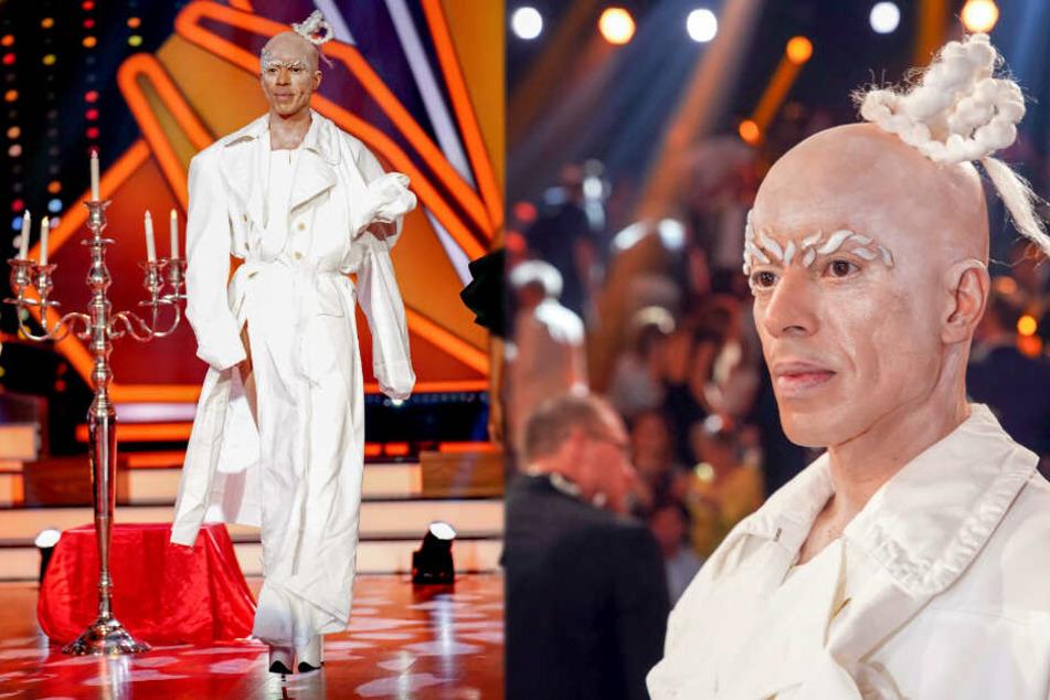 Mit diesem Outfit und den geflochteten Haaren sorgte Jorge González für mächtig Wirbel.