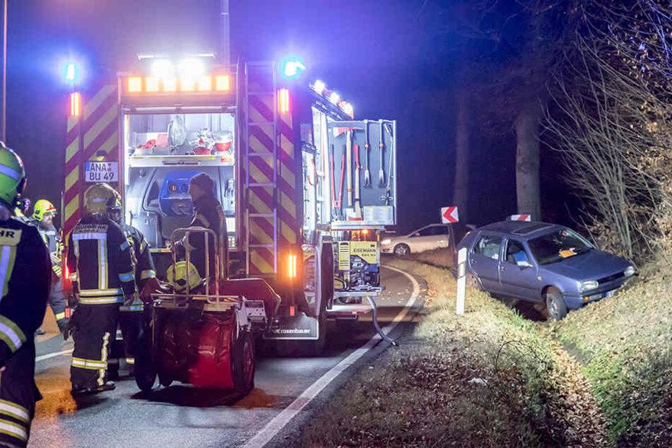 Für die Unfallaufnahme und Bergung des VW musste die B 101 rund zwei Stunden gesperrt werden.