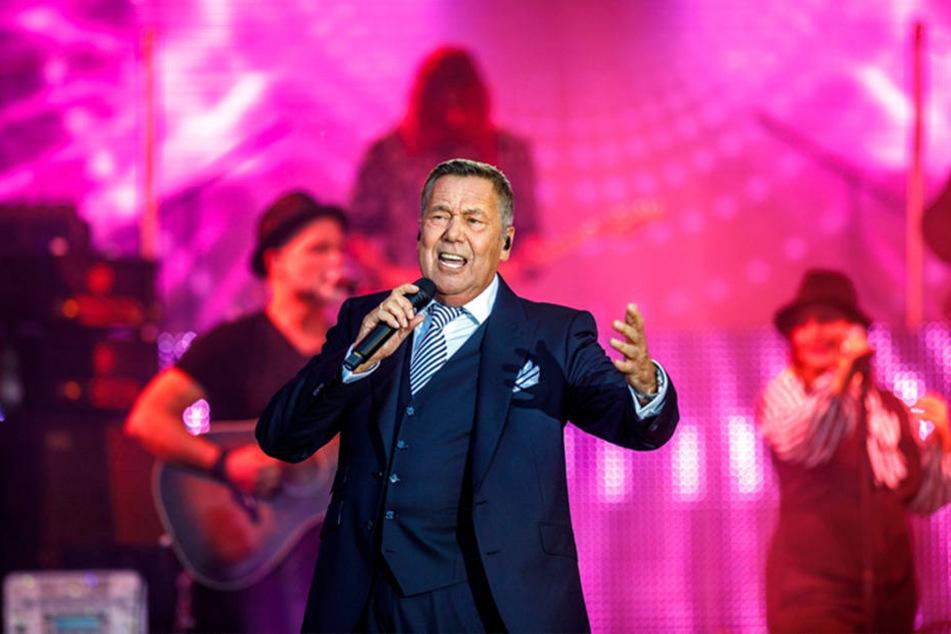 Souveräner Auftritt: Roland Kaiser (66) beglückte gut 24.000 Fans am ersten Kaisermania-Wochenende.
