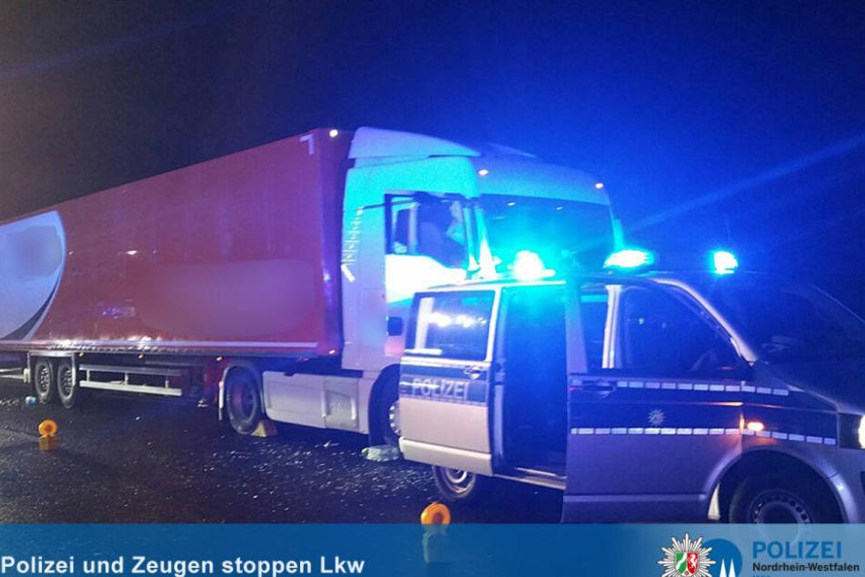 Der Laster-Fahrer starb an einer Attacke, zwei Helfer und die Polizei stoppten den rollenden Lkw.