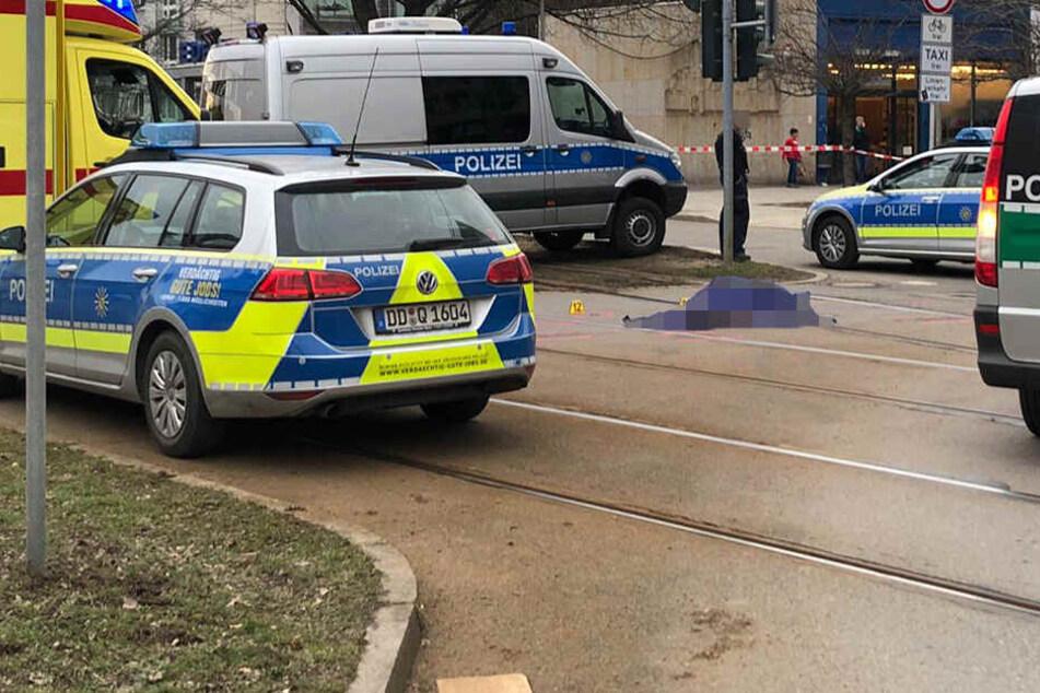 In Chemnitz wurde eine Rentnerin von einem Laster erfasst.