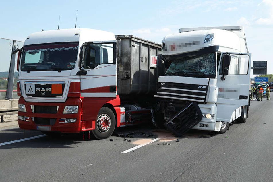 Ein Fahrer musste ins Krankenhaus.