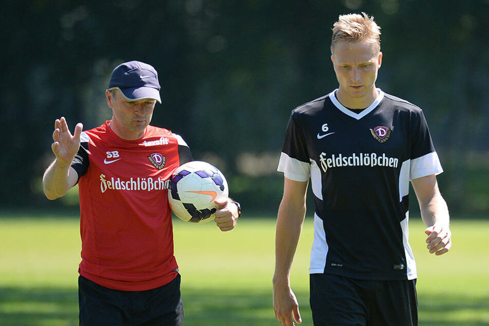 Stefan Böger zu seiner Zeit als Dynamo-Coach mit dem jetzigen Kapitän Marco Hartmann.