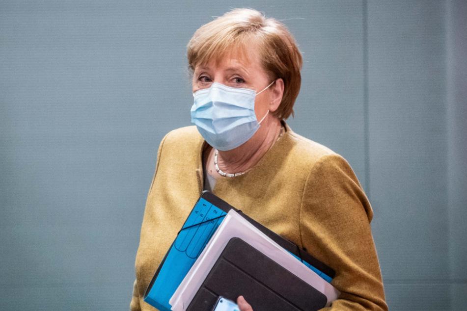 Bundeskanzlerin Angela Merkel (66, CDU).