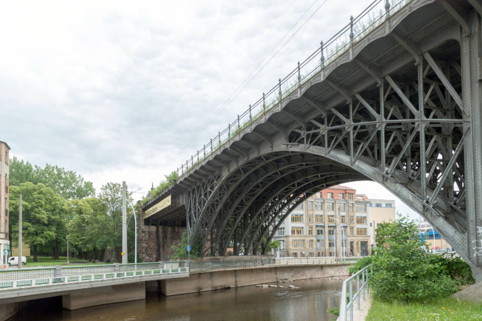 """Das Eisenbahnviadukt im Zentrum wird Teil des """"Stadt am Fluss""""-Projekts. Foto: Das Eisenbahnviadukt im Zentrum wird Teil des """"Stadt am Fluss""""-Projekts."""