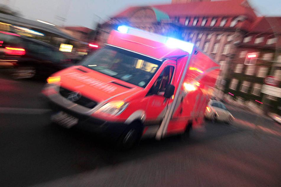 Ein 19-Jähriger hat sich in Bayern mit Benzin übergossen und selbst angezündet.