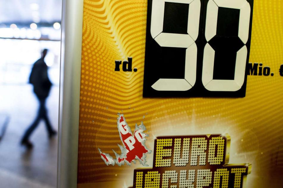 Auch nächste Woche sind wieder 90 Millionen Euro im Jackpot.
