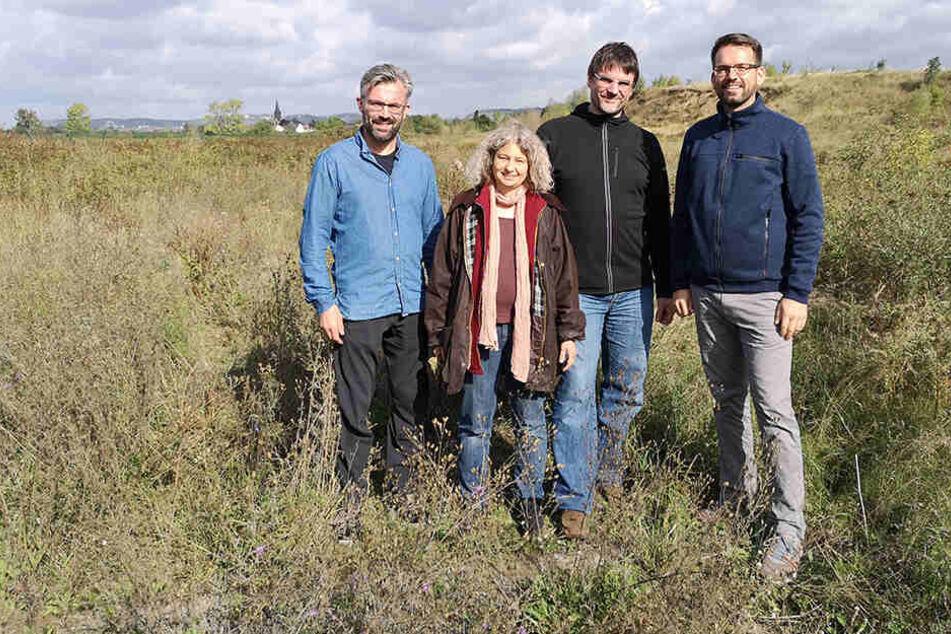 Mein Baum-Team mit Martin Schubert (37, re.) von der Stadtentwässerung.