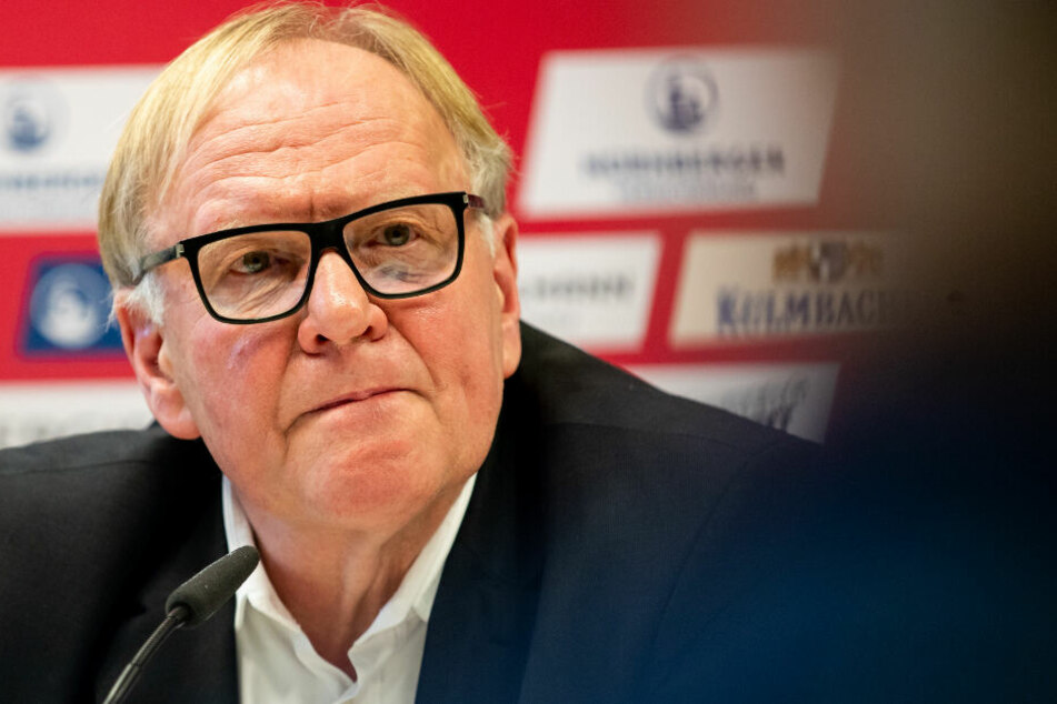 Der Nürnberger Aufsichtsratschef Thomas Grethlein hält nicht viel von einem aktiven Video-Schiedsrichter. (Archiv)
