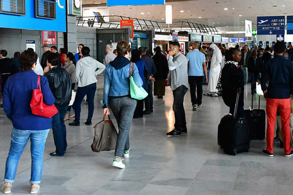 Der Österreicher wurde am Flughafen Charles de Gaulle in Paris festgenommen. (Symbolbild)