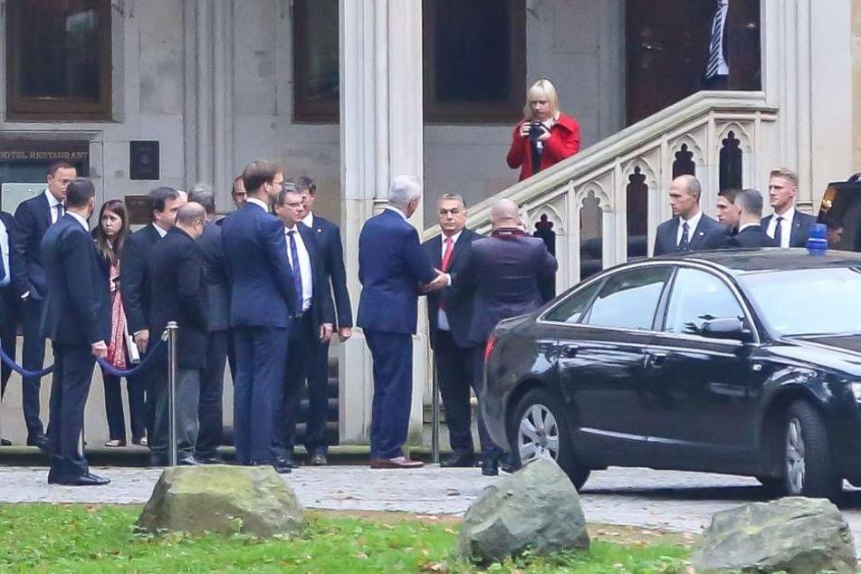 Ministerpräsident Tillich und Premier Orbán bei der Begrüßung in Dresden. Das  Treffen sorgt noch immer für Zoff.