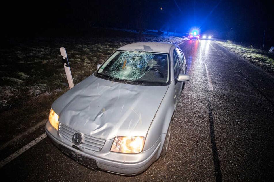 An dem VW entstand ein enormer Schaden.
