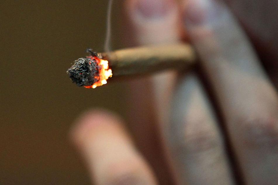 Bis zu 16 Gramm Cannabis darf man im Görlitzer Park wieder bei sich tragen. (Symbolbild)